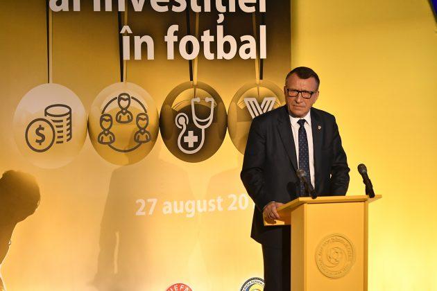 Studiu Beneficiul social al investitiei in fotbal