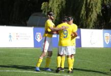Kovacs se bucura alaturi de coechipieri la marcarea golului